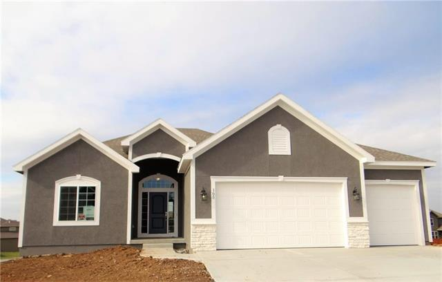 105 SE Riley Street, Blue Springs, MO 64064 (#2124505) :: No Borders Real Estate