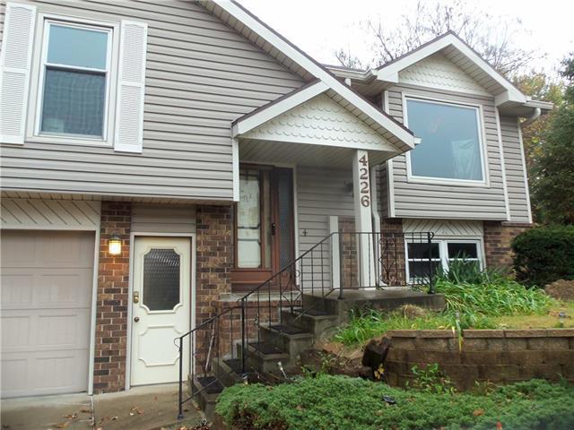 4226 Belmont Circle, St Joseph, MO 64506 (#2124657) :: No Borders Real Estate