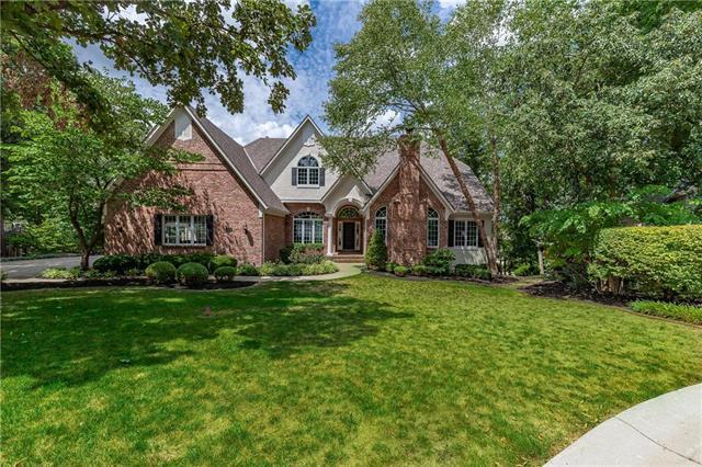 10787 S Cedar Niles Circle, Olathe, KS 66061 (#2124933) :: Char MacCallum Real Estate Group