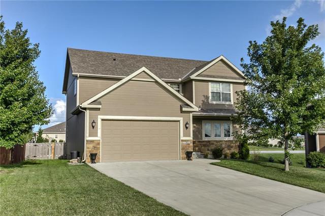 12425 NW Lauren Circle, Platte City, MO 64079 (#2124991) :: Edie Waters Network