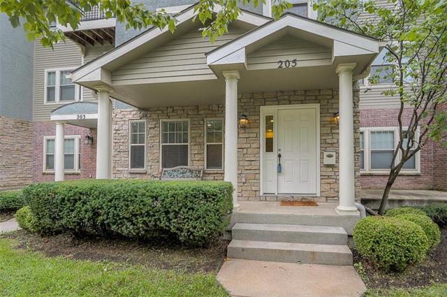 205 W 34th Street, Kansas City, MO 64111 (#2126597) :: Char MacCallum Real Estate Group