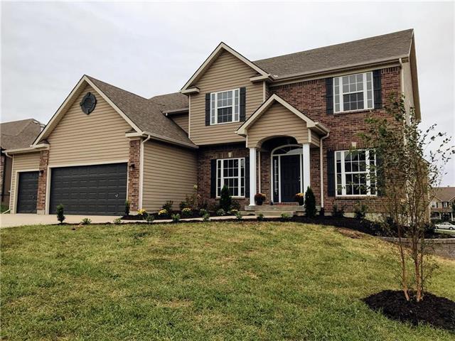 9819 N Farley Avenue, Kansas City, MO 64157 (#2126878) :: No Borders Real Estate