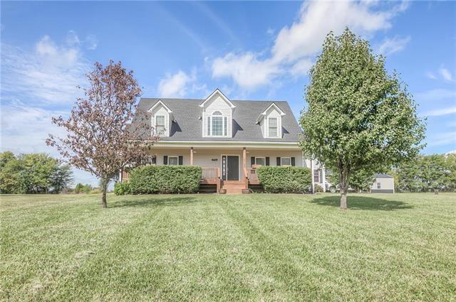 15516 Henry Andrews Drive, Pleasant Hill, MO 64080 (#2128218) :: Char MacCallum Real Estate Group