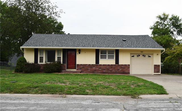 408 E Meadow Street, Smithville, MO 64089 (#2129192) :: Kansas City Homes