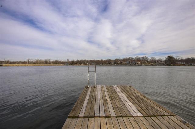 174 Anchor Drive, Lake Tapawingo, MO 64015 (#2129219) :: Char MacCallum Real Estate Group