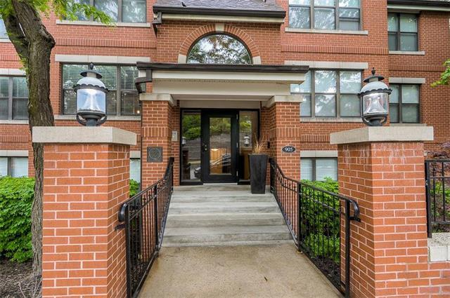 905 Washington #104 Street #104, Kansas City, MO 64105 (#2129291) :: The Gunselman Team