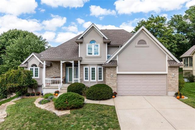 5508 NW 81st Terrace, Kansas City, MO 64151 (#2129403) :: Edie Waters Network