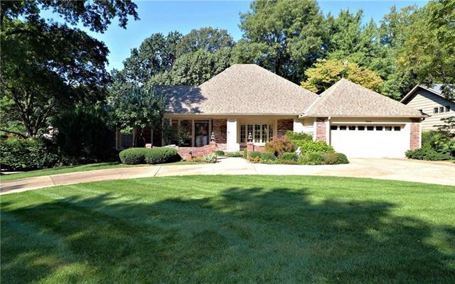 7916 Granada Road, Prairie Village, KS 66208 (#2129432) :: Char MacCallum Real Estate Group