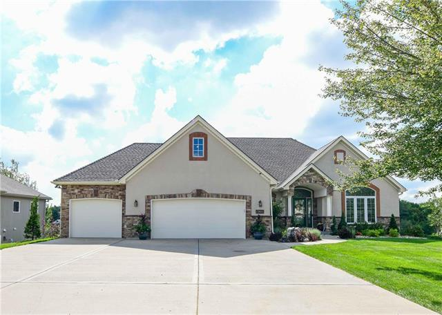 16235 NW 130th Street, Platte City, MO 64079 (#2129508) :: Edie Waters Network