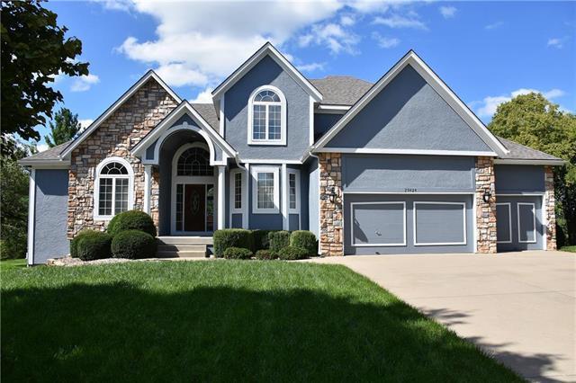29424 Masters Drive, Louisburg, KS 66053 (#2129770) :: No Borders Real Estate