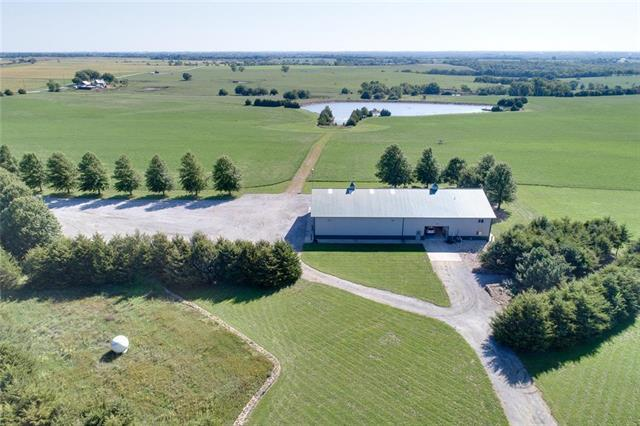 25625 Wagstaff Road, Paola, KS 66071 (#2129815) :: Edie Waters Network