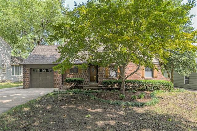 5417 Norwood Street, Fairway, KS 66205 (#2130153) :: Team Real Estate