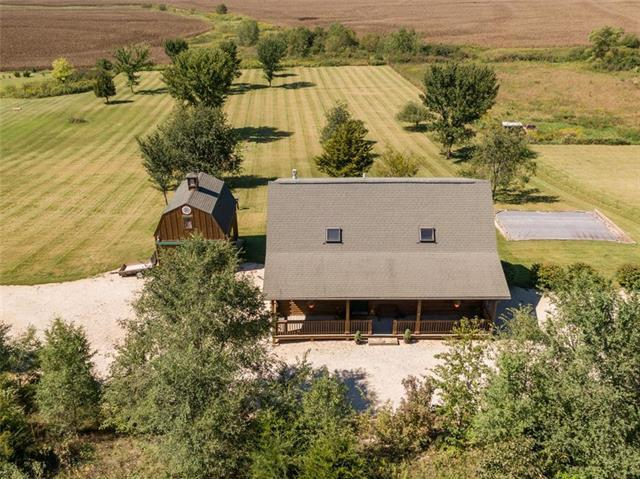 31788 Lookout Road, Paola, KS 66071 (#2130281) :: Char MacCallum Real Estate Group