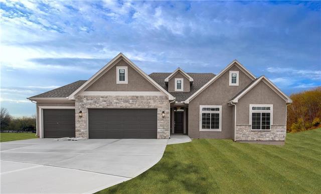 8320 Laramie Street, Desoto, KS 66018 (#2131026) :: No Borders Real Estate