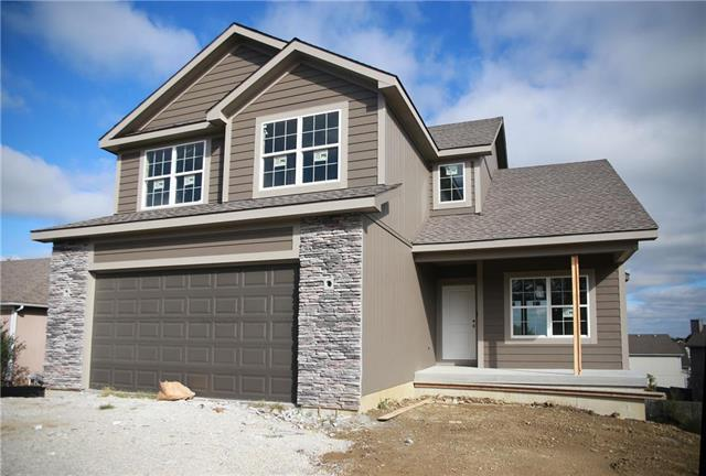 434 Spring Branch Drive, Raymore, MO 64083 (#2131038) :: Edie Waters Network