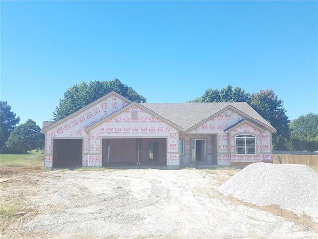 16102 Kentucky View Drive, Belton, MO 64012 (#2131152) :: Char MacCallum Real Estate Group