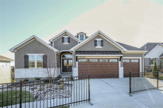 25769 W 96th Street, Lenexa, KS 66227 (#2131577) :: House of Couse Group
