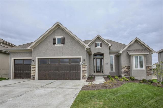10718 W 171st Terrace, Overland Park, KS 66221 (#2131663) :: The Gunselman Team