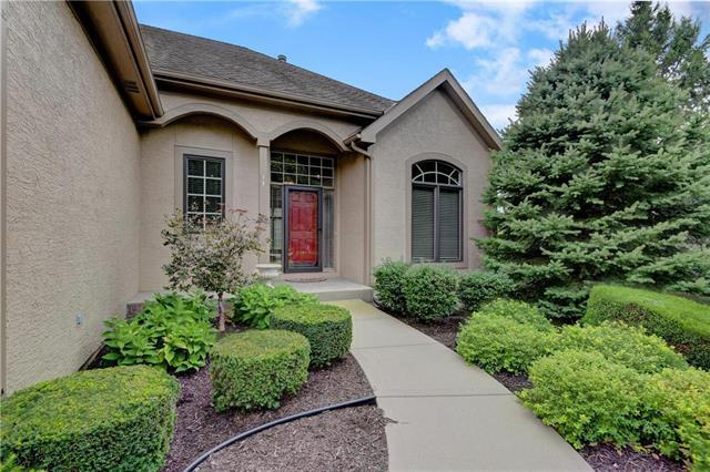12576 Farley Street, Overland Park, KS 66213 (#2131802) :: No Borders Real Estate