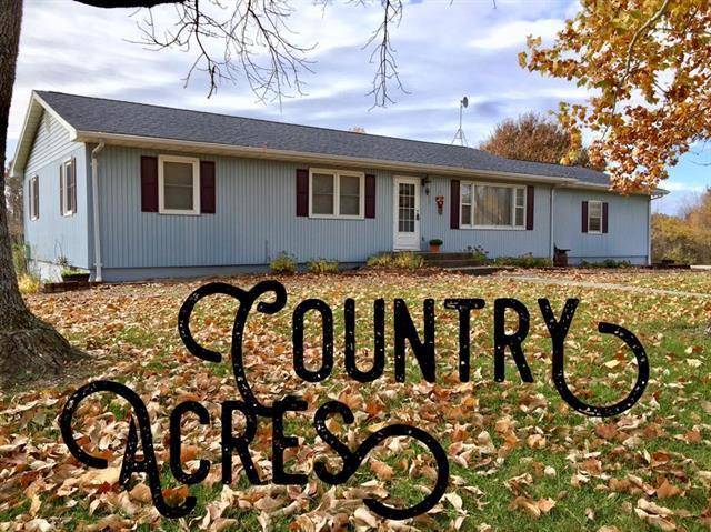 1290 130 Road, Knob Noster, MO 65336 (#2132568) :: Edie Waters Network