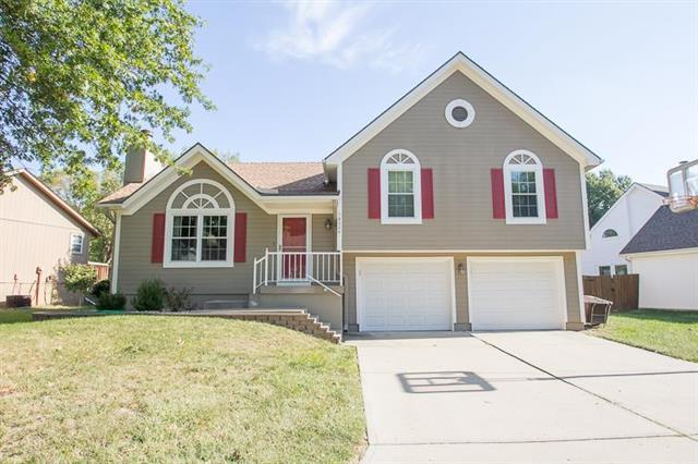 18024 E 31st Terrace, Independence, MO 64057 (#2132658) :: No Borders Real Estate