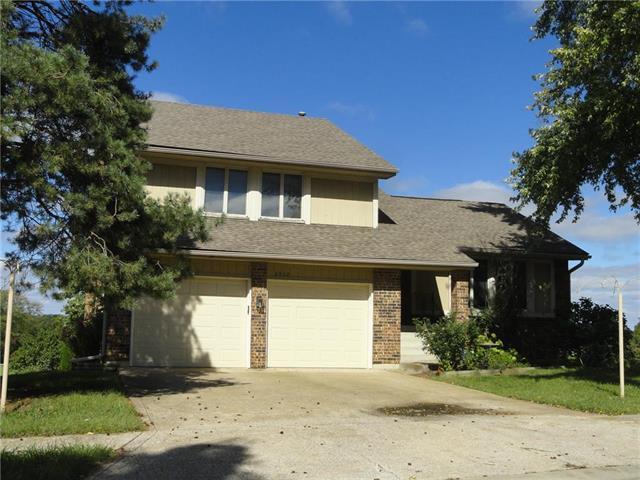 6902 E 143rd Street, Grandview, MO 64030 (#2132716) :: No Borders Real Estate