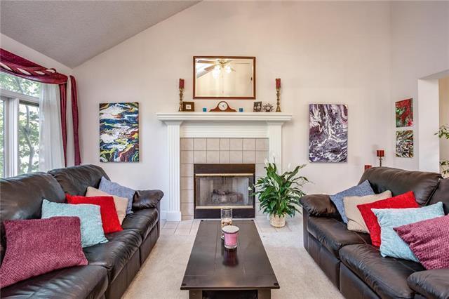908 Regency Drive, Kearney, MO 64060 (#2132932) :: Edie Waters Network
