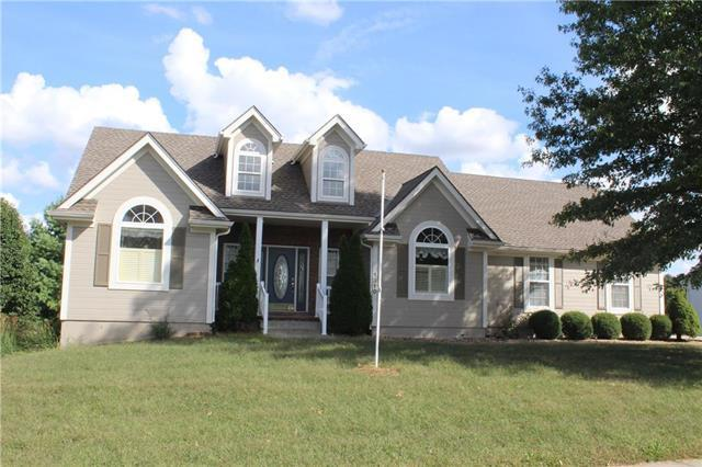 1310 Russell Road, Pleasant Hill, MO 64080 (#2133022) :: Edie Waters Network
