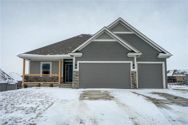 17702 Mission Ridge N/A, Smithville, MO 64089 (#2133055) :: Edie Waters Network