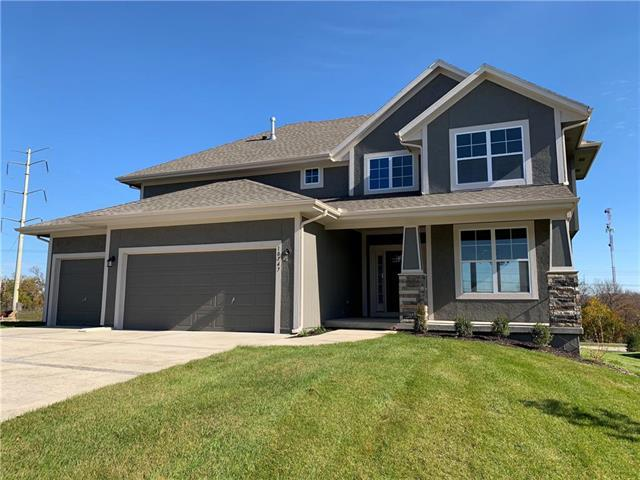 10747 S Harwick Street, Olathe, KS 66061 (#2133956) :: Edie Waters Network