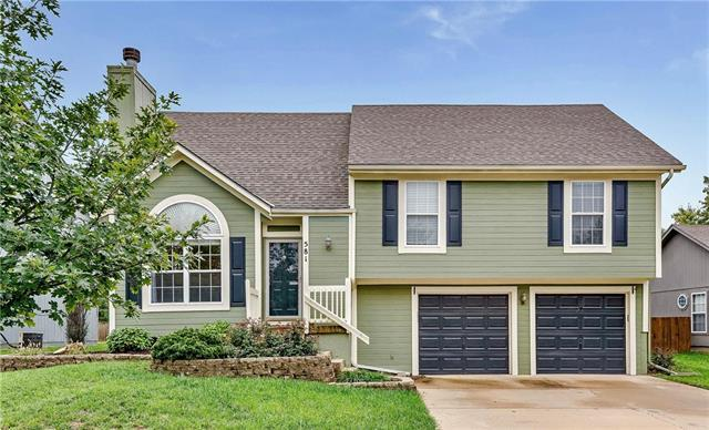 581 W Layton Street, Olathe, KS 66061 (#2134400) :: Char MacCallum Real Estate Group