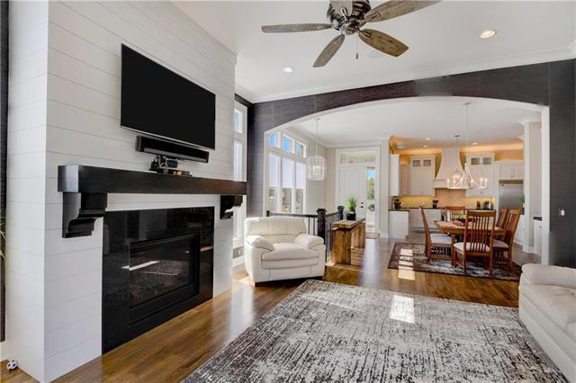 14529 Birch Street, Leawood, KS 66224 (#2134738) :: No Borders Real Estate