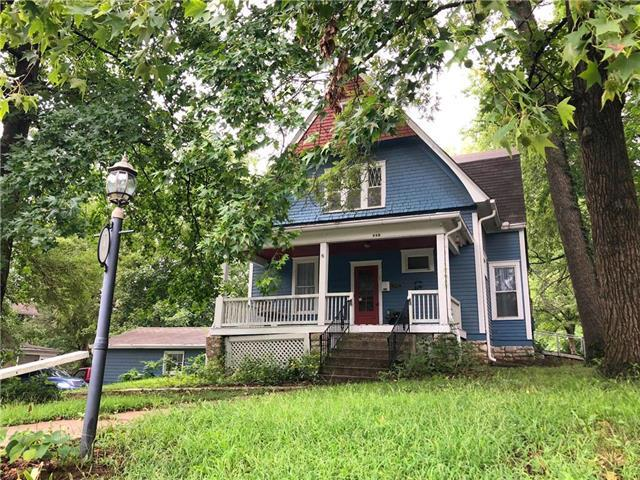 448 E Mississippi Street, Liberty, MO 64068 (#2135385) :: Edie Waters Network
