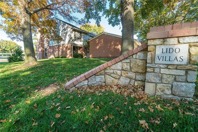 6250 Ash Street, Mission, KS 66205 (#2135783) :: Char MacCallum Real Estate Group