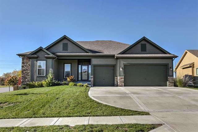 8824 N Bales Avenue, Kansas City, MO 64156 (#2136394) :: No Borders Real Estate