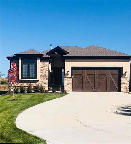 9843 Garden Street, Lenexa, KS 66227 (#2136547) :: No Borders Real Estate