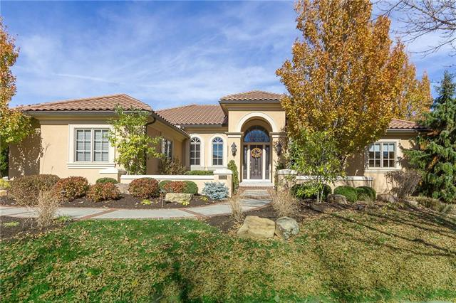 3208 W 139th Street, Leawood, KS 66224 (#2136666) :: Edie Waters Network