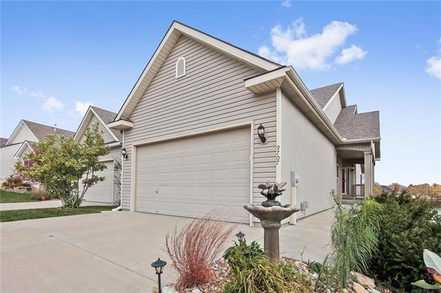 9707 N Smalley Avenue, Kansas City, MO 64157 (#2137388) :: No Borders Real Estate