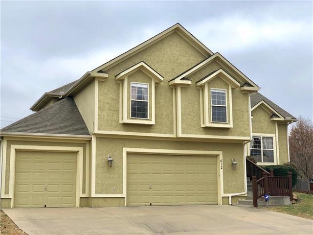 612 Cedar Ridge Drive, Raymore, MO 64083 (#2138181) :: House of Couse Group