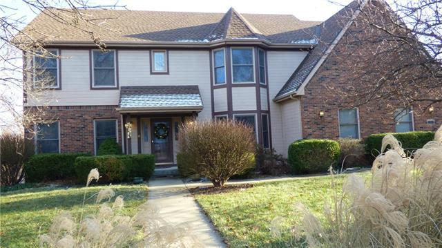 14231 W 84th Terrace, Lenexa, KS 66215 (#2138301) :: NestWork Homes