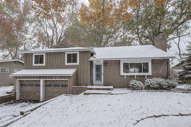 7928 Juniper Drive, Prairie Village, KS 66208 (#2138569) :: Char MacCallum Real Estate Group