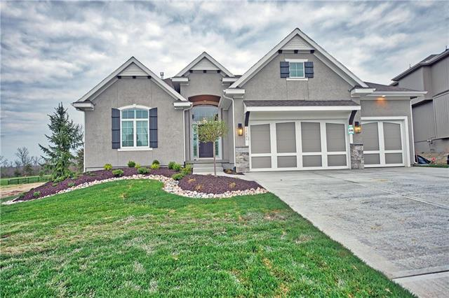 24426 W 126 Terrace, Olathe, KS 66061 (#2139266) :: Char MacCallum Real Estate Group