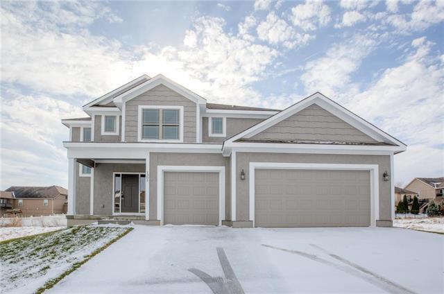 900 NW Persimmon Court, Grain Valley, MO 64029 (#2139960) :: No Borders Real Estate