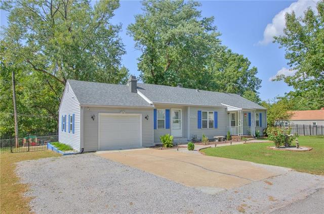 4928 N Topping Avenue, Kansas City, MO 64119 (#2141249) :: No Borders Real Estate