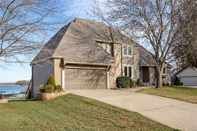 5101 SW Mallard Point, Lee's Summit, MO 64082 (#2141265) :: No Borders Real Estate