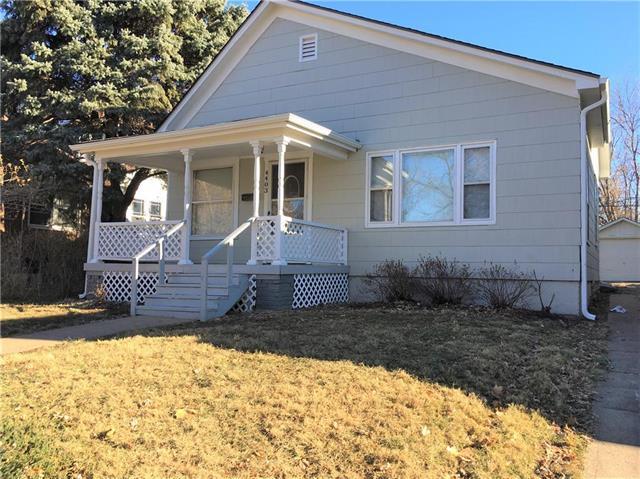 4403 Genessee Street, Kansas City, MO 64111 (#2141298) :: Edie Waters Network