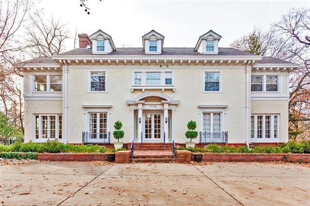 5730 Ward Parkway, Kansas City, MO 64113 (#2141374) :: No Borders Real Estate