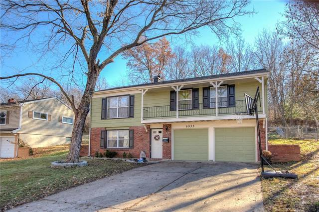 9933 Harrison Street, Kansas City, MO 64131 (#2141428) :: No Borders Real Estate