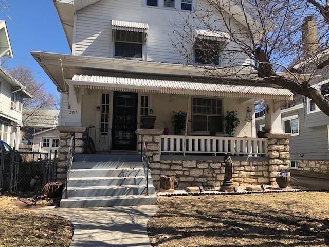 3111 Coleman Road, Kansas City, MO 64111 (#2142133) :: Edie Waters Network