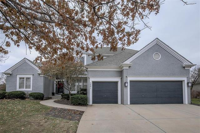 5601 W 147th Place, Overland Park, KS 66223 (#2142252) :: Edie Waters Network